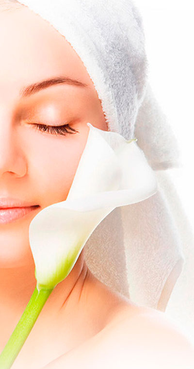 A woman that has benefited from our dermatology services in Scottsdale, AZ